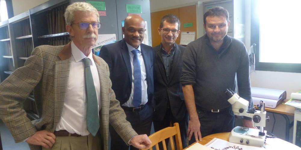 Visite de M. Théophile, Sénateur de la Guadeloupe au M.I.O