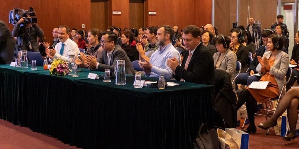 Nos collègues du MIO au Vietnam présentent leurs travaux en matière de protection de l'environnement