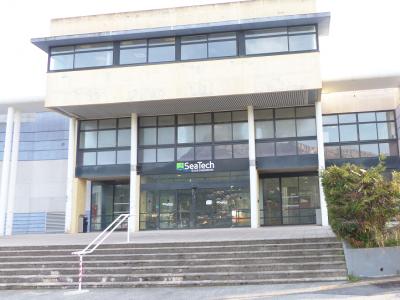 Bâtiment X - Campus La Garde-Toulon